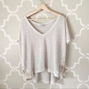 American Eagle Cream TShirt with Lace Detailing